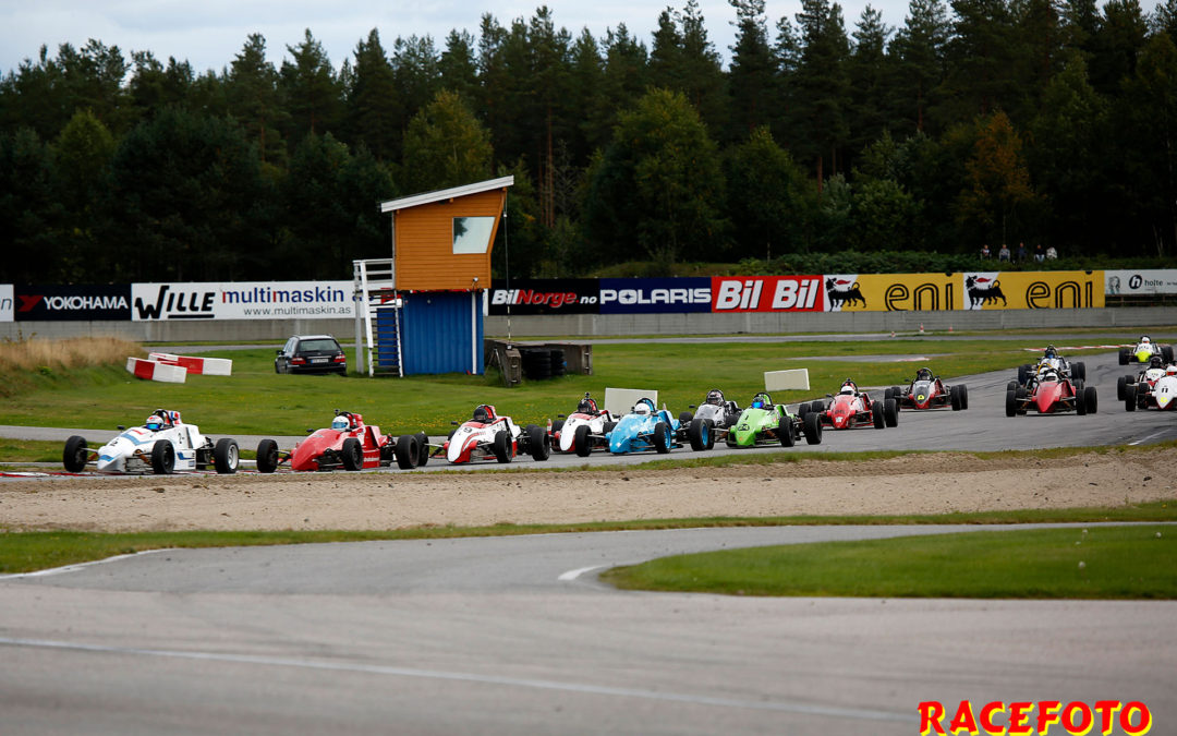 Racing NM avgjordes på Vålerbanen